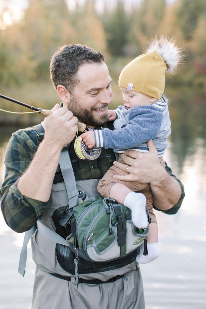 Calgary family session fishing at fish creek park